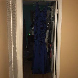 Dresses & Skirts - Metallic blue dress